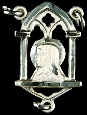 Photo of STERLING SILVER SCAPULAR CENTER 1304