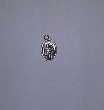 Photo of OXIDIZED HOLY FAMILY MEDAL 704HF